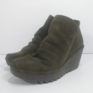 FLY LONDON Yip Sludge Oil Suede Wedge Boots 5.5 6